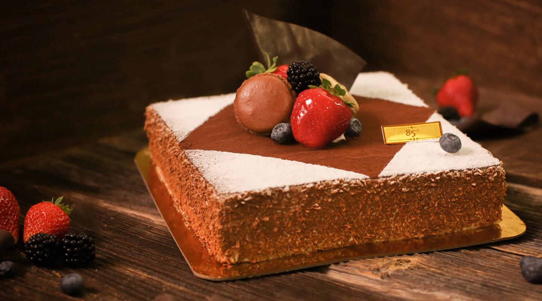 85C Bakery Cafe Classic Tiramisu